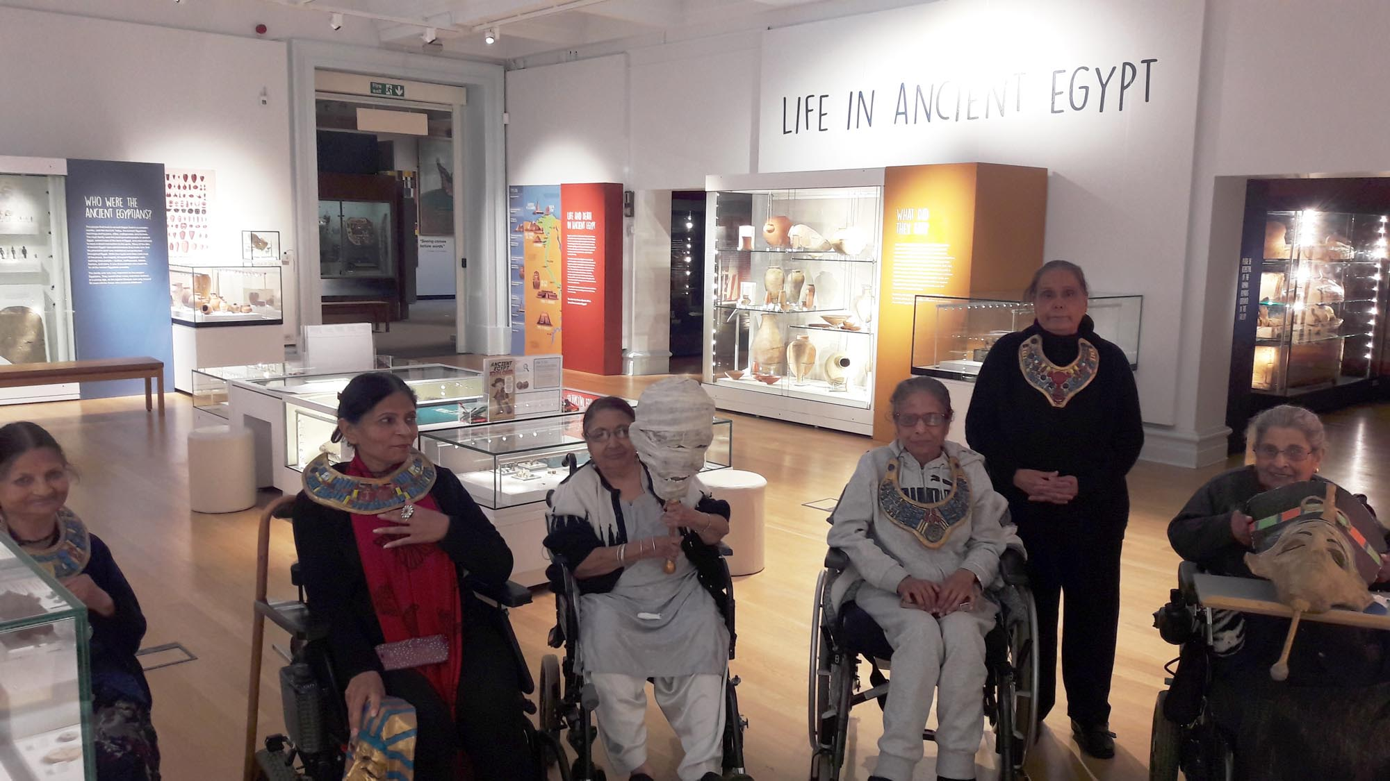 Visiting the Egyptian galleries at Leicester Museum & Art Gallery